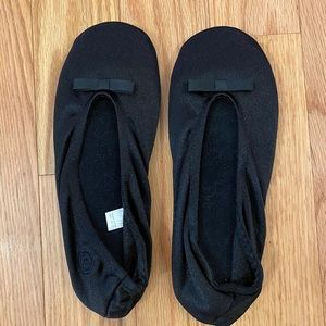 Isotoner Satin Ballerina Slippers black size large
